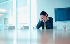 Funcionária que falava de sexo com colegas durante expediente não consegue afastar justa causa