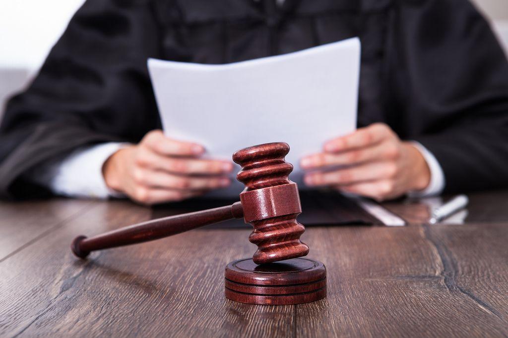 Juiz condena trabalhador a pagar empregador por dano processual