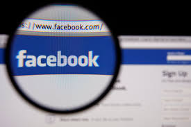 Facebook deve retirar publicação e indicar perfis que ofenderam digital influencer